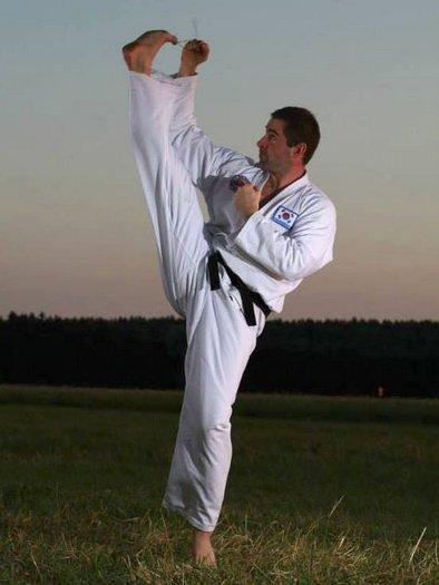 RKC Team Leader Florian Kiendl Taekwondo