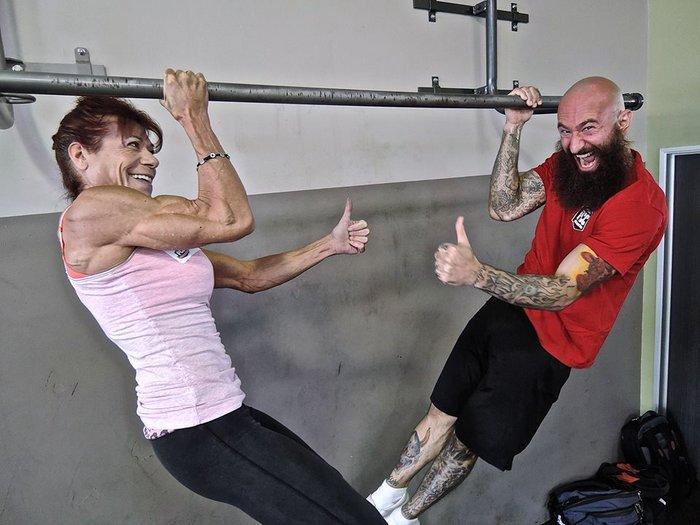 Katherine Marini and Al Kavadlo One-Arm Negative Pull Up