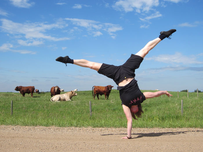 Kirsty Grosart One-Arm Handstand