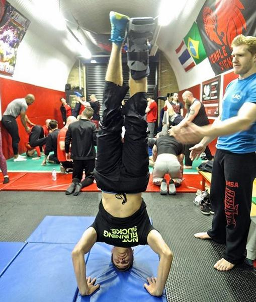 Ian Deeth Headstand