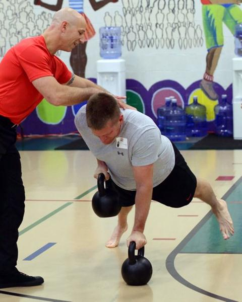 Luke Tipple Plank Rows with Phil Ross at the RKC-II Certification Workshop