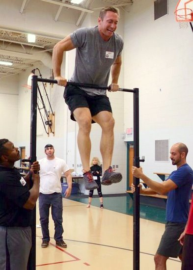 Tanne rMartty Performs a Muscle-up at the PCC Workshop
