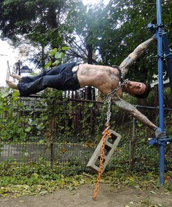 Danny Kavadlo Weighted Human Flag