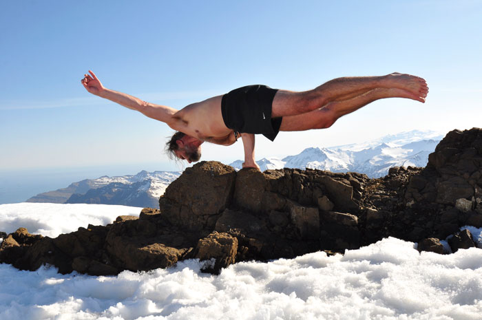 Wim Hof Snow Elbow Lever