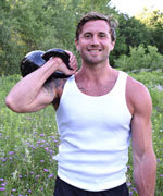 Christian van Loenen with kettlebell